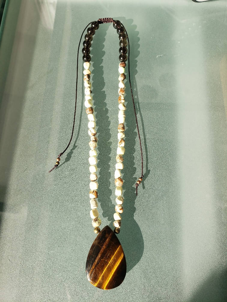tiger eye and leamon chrysophase necklace