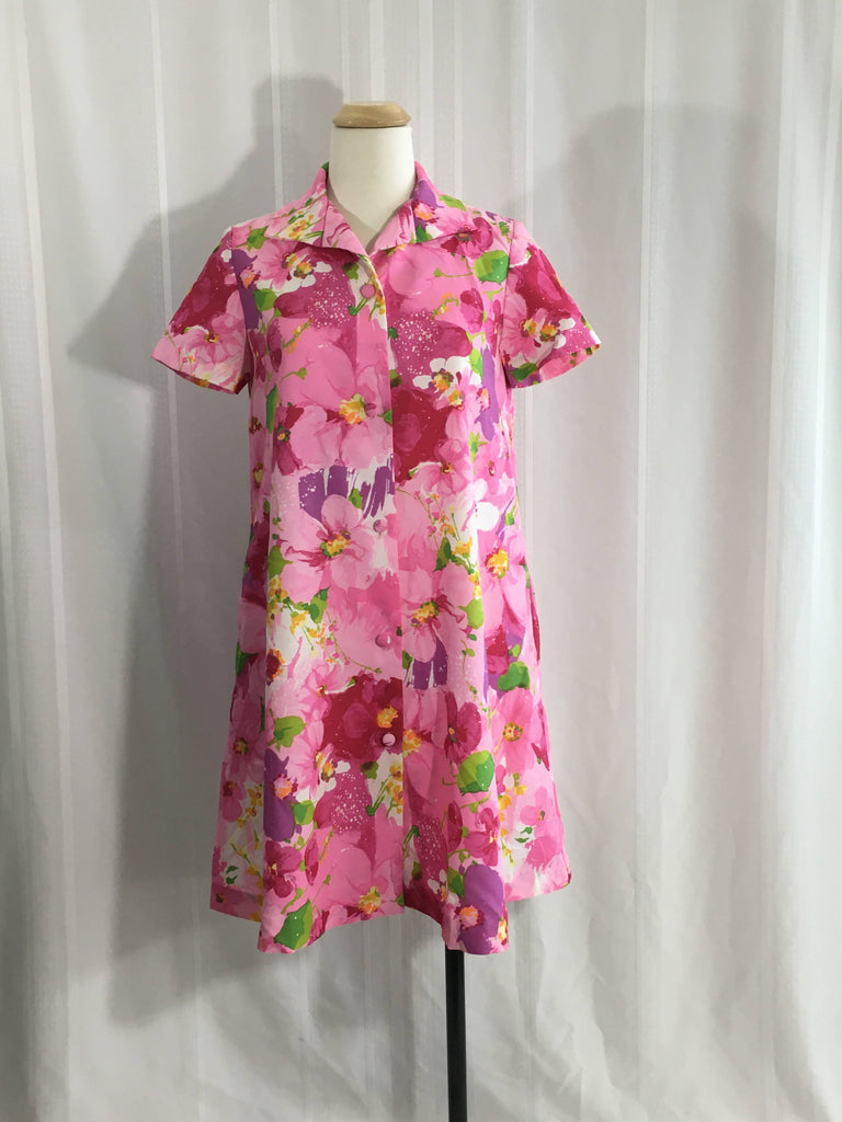 A Vintage dress Robe Fifth Ave by M. W. Floral print