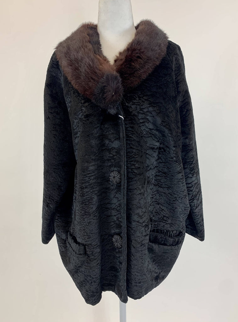 Styled By Winter Black Coat DC030 Fur Collar - Vintage dress/clothing