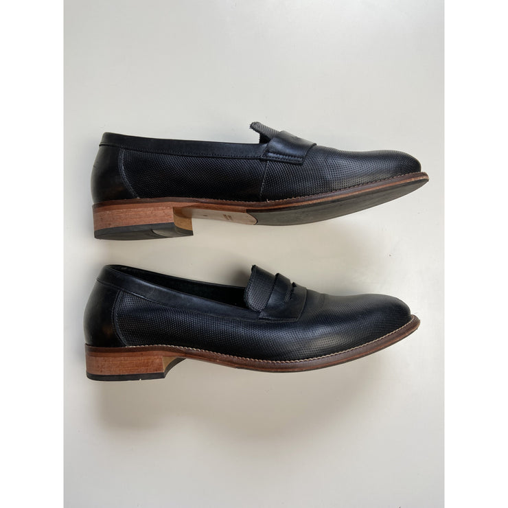 Black Loafers by Ten Points