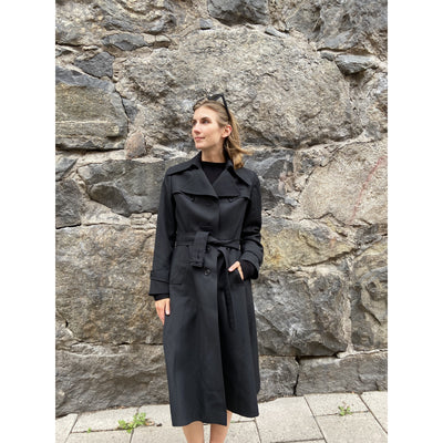 Black Vintage Trenchcoat by Danish Fashion