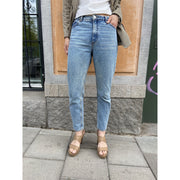 Blue High Relaxed Jeans by Monki