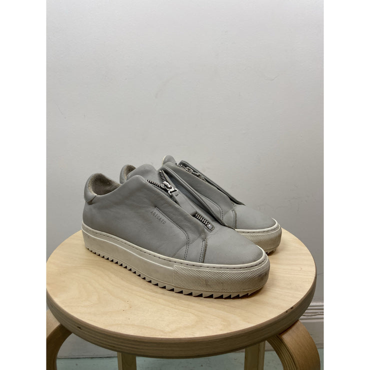 Light Grey Sneakers with Zipper by Axel Arigato