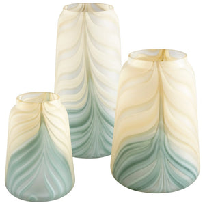 HEARTS OF PALM VASE
