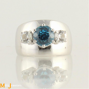 Estate 3.88cts Blue Zircon White Sapphire 14k Gold Tapered Cocktail Ring