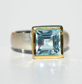Square Blue Topaz Ring 10mmx10mm