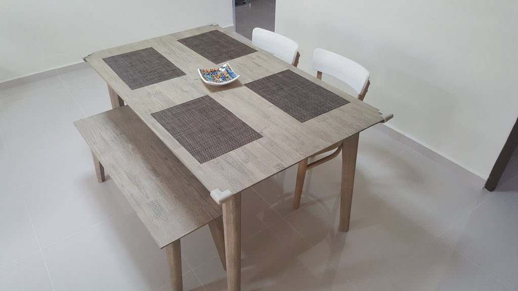 Rustic Feel The Full Dining Set Is Finally Here Table
