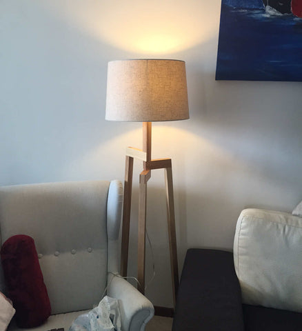 3 legged lamp review