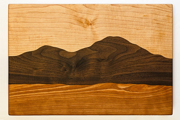 Mountain View cutting board /Curly maple, Cherry, Black walnut/