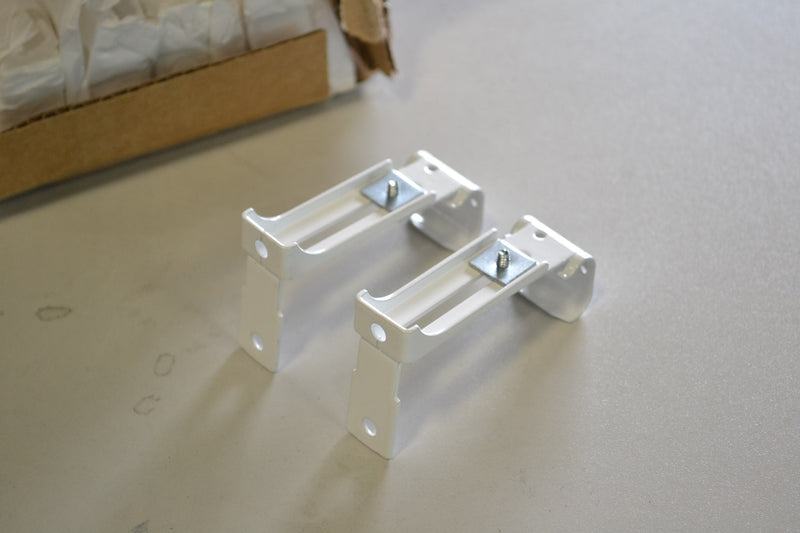 Generic 9501025 white wt 0.8 Brackets - Coast Machinery Group Inc