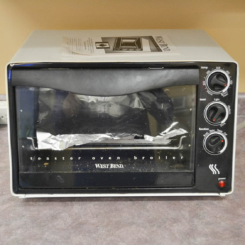 West Bend 6210Z Countertop Oven - Coast Machinery Group Inc