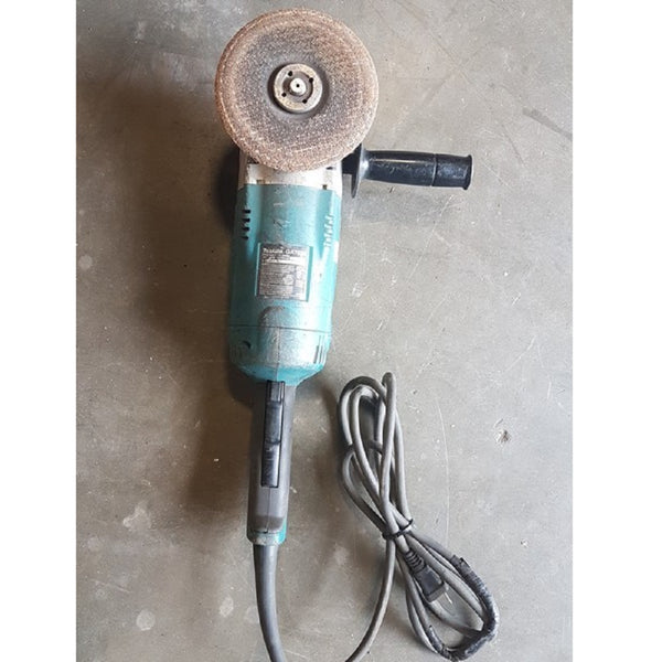 Makita GA7020 Angle Grinder - Coast Machinery Group Inc