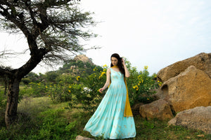 Load image into Gallery viewer, VERDANT ANARKALI