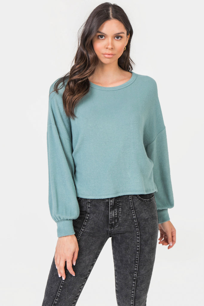 RELEXED BODY KNIT TOP