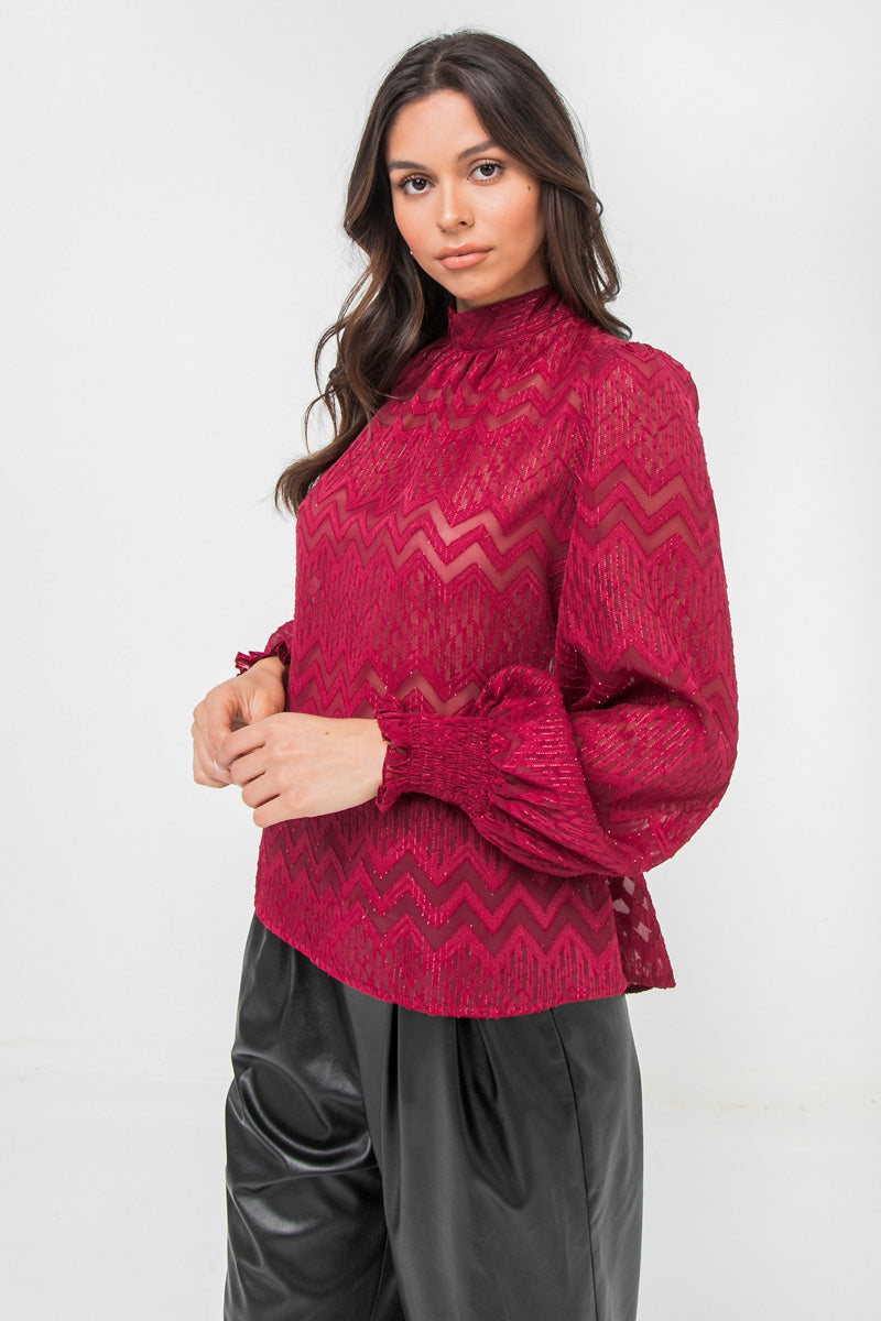 TEXTURED WOVEN TOP