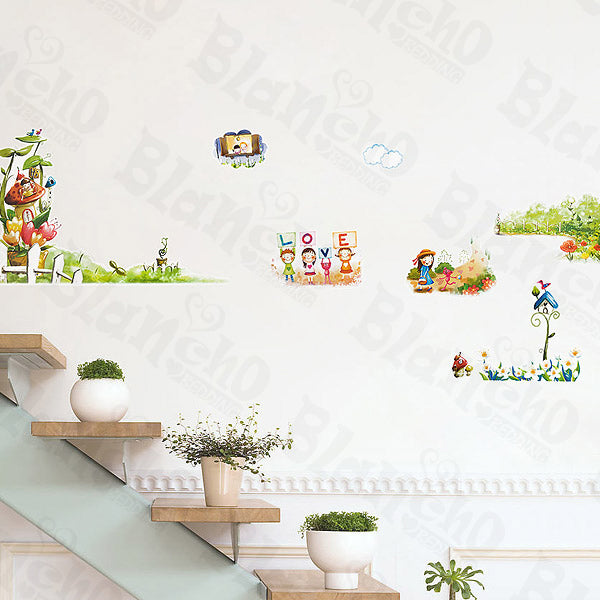 Jungle House - Wall Decals Stickers Appliques Home Decor