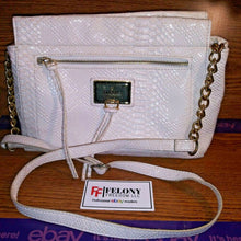 Load image into Gallery viewer, Nicole Miller White Handbag With Chain Link Strap