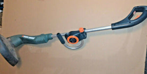 NEW Black & Decker 3.5 A 12 in. Electric String Trimmer / Edger ST6000
