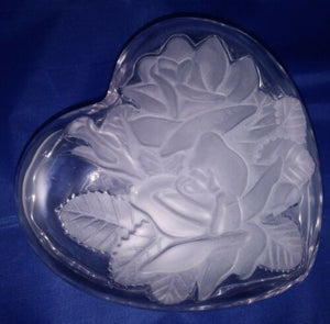 Winter Rose Crystal Heart Box Studio Nova Mikasa Etched Relief 6""