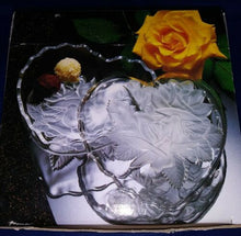 Load image into Gallery viewer, Winter Rose Crystal Heart Box Studio Nova Mikasa Etched Relief 6""