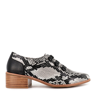 DECKED - GREY SNAKE LEATHER