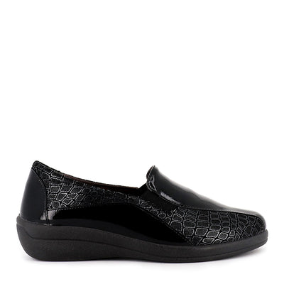 GIJON 43304 - BLACK PATENT LEATHER