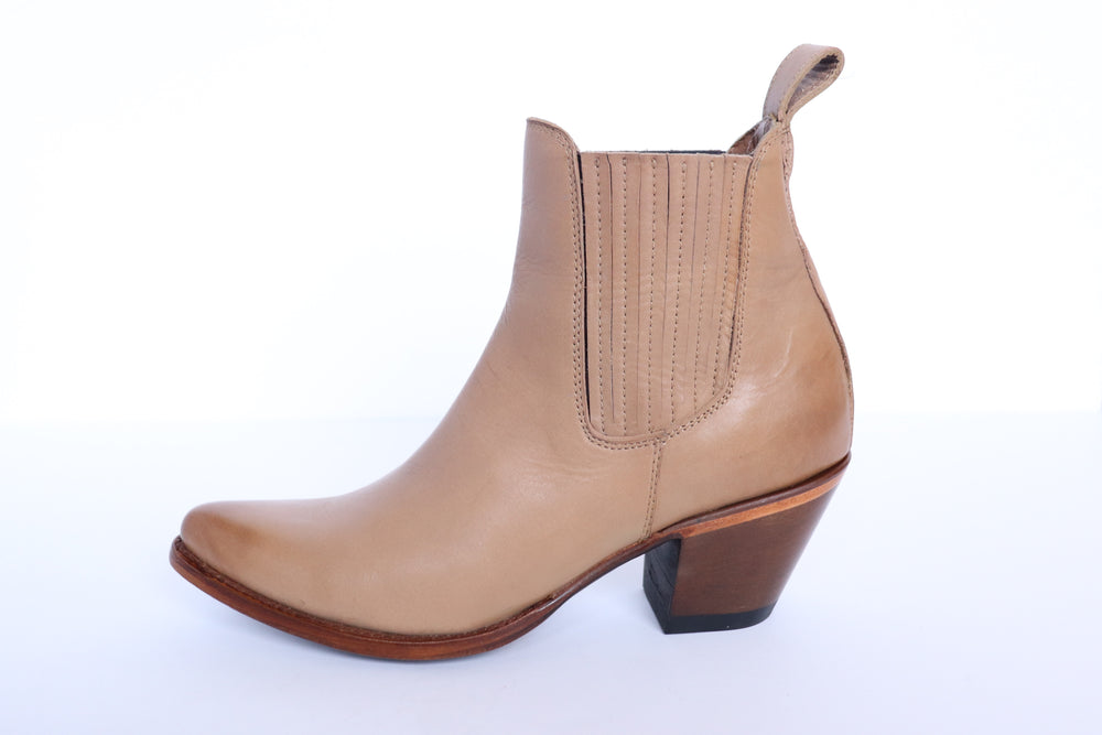 Load image into Gallery viewer, The Paloma Western Boot (Sand) - Factory Seconds - Harmonica