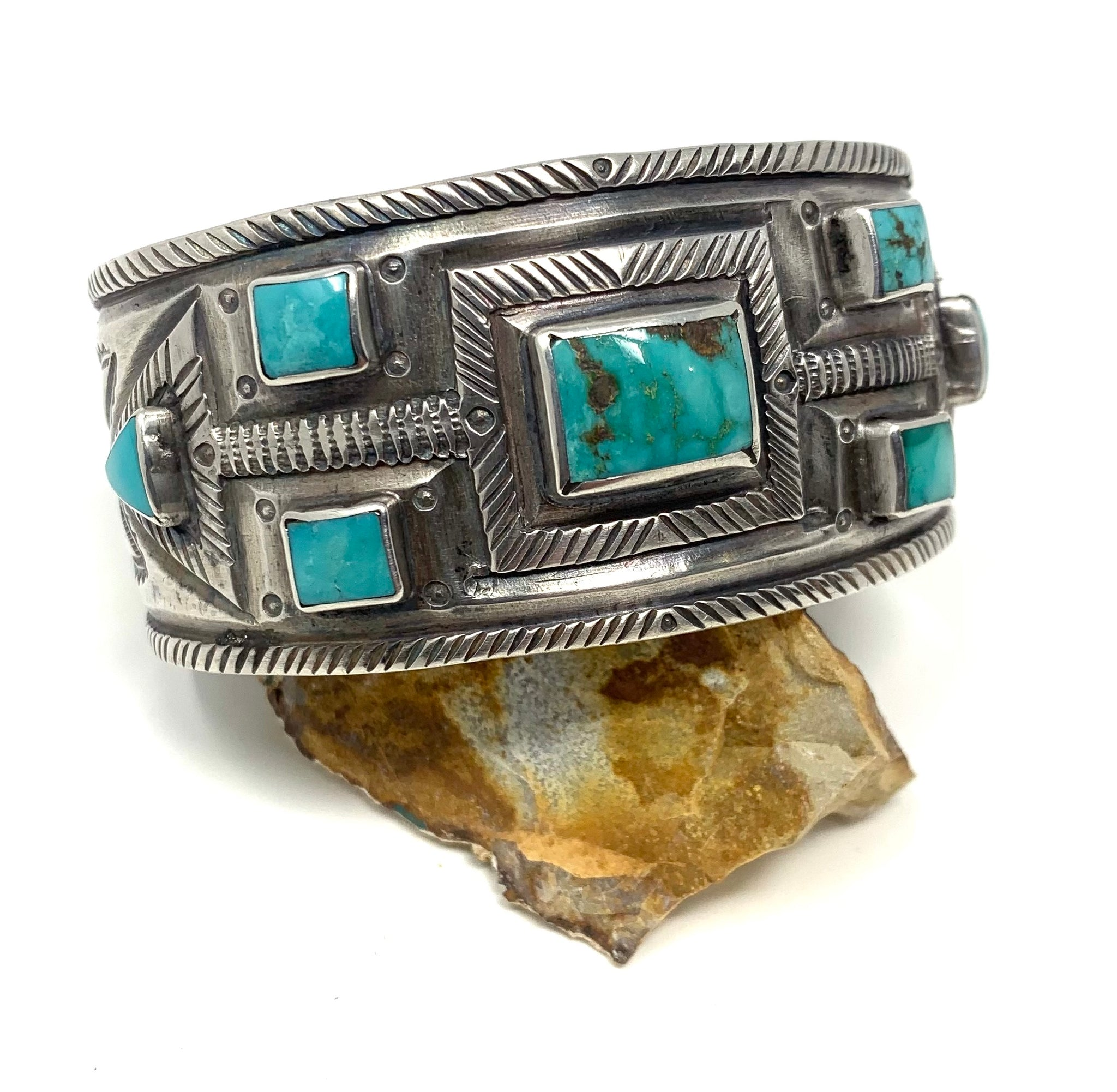 Jesse Robbins Fox Arrow Cuff