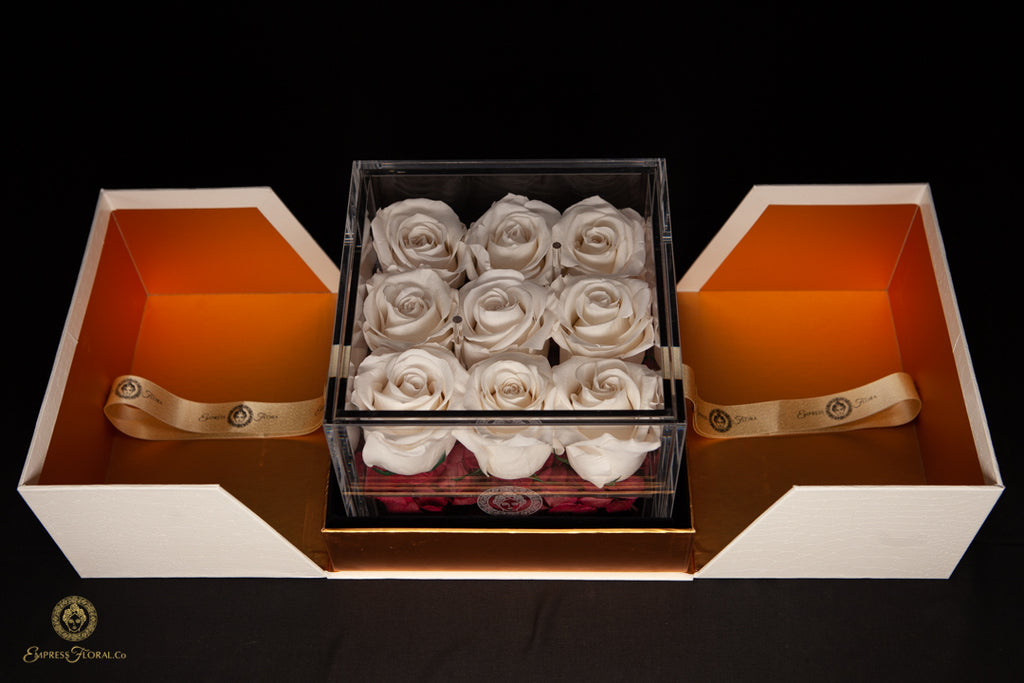 EMPRESS FLORA 9 SET IVORY WHITE ROSES IN A DISPLAY CASE