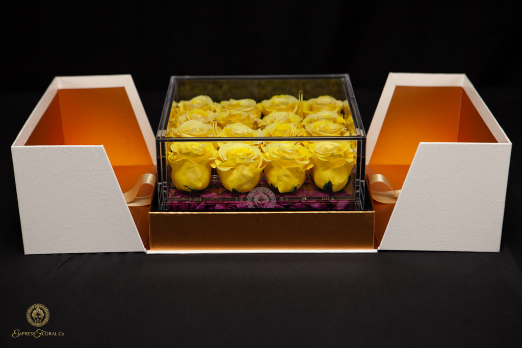 EMPRESS FLORA BIG 16 YELLOW ROSES IN AN ACRYLIC BOX