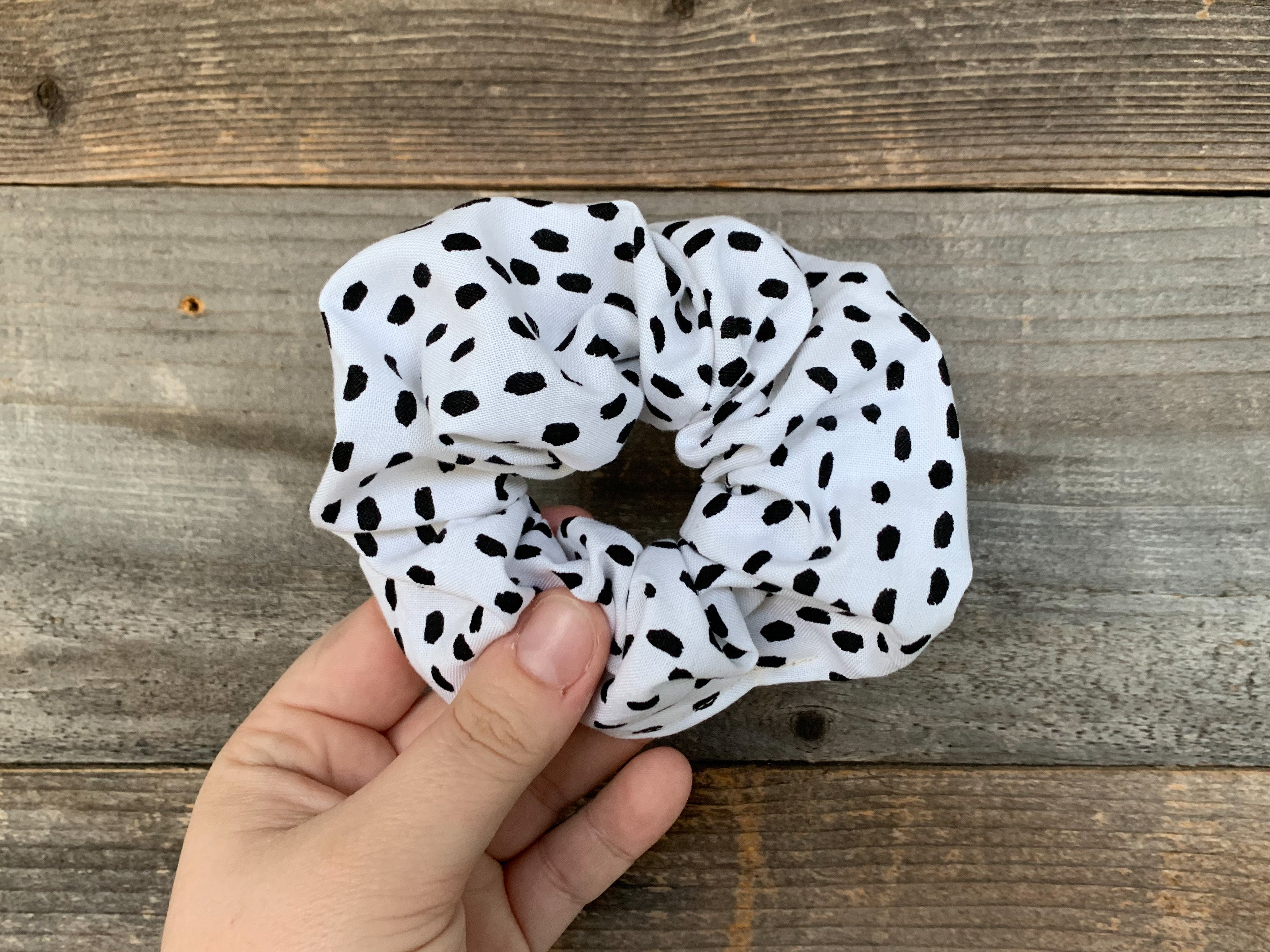 White and Black Scrunchy