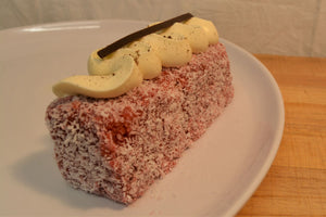 Lamington - Raspberry