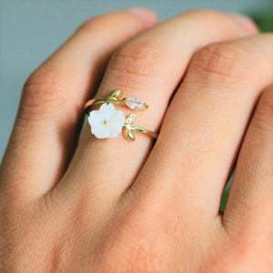 Eliana's Crystal Flower Ring