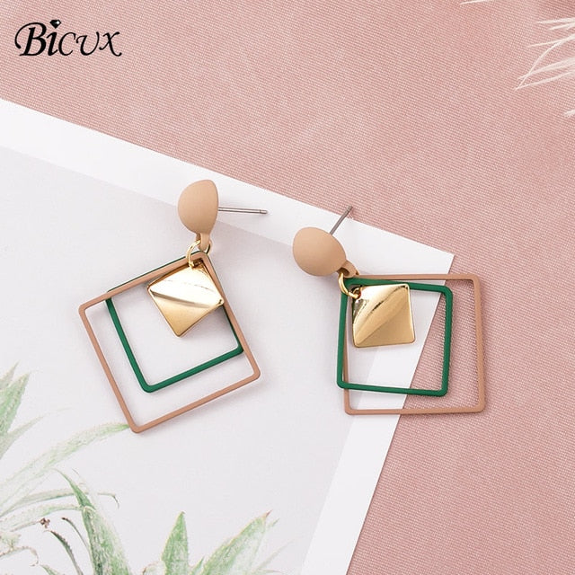 BICUX Vintage Acrylic Statement Drop Earrings for Women 2019 Fashion Jewelry Korean Metal Geometric Gold Hanging Dangle Earring