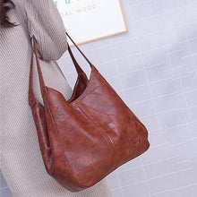 Load image into Gallery viewer, Women's Vintage Leather Handbag