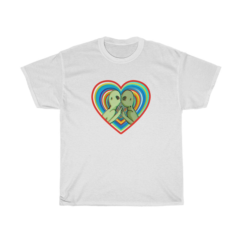 Alien Kiss | Unisex Heavy Cotton Tee | Savage Bliss