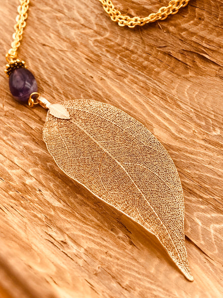 Real Leaf Necklace in Gold with Amethyst