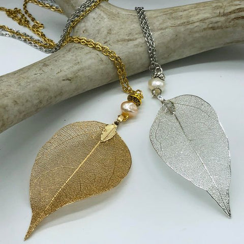 Real Leaf Necklace with Freshwater Pearl  (2 Colors Available)
