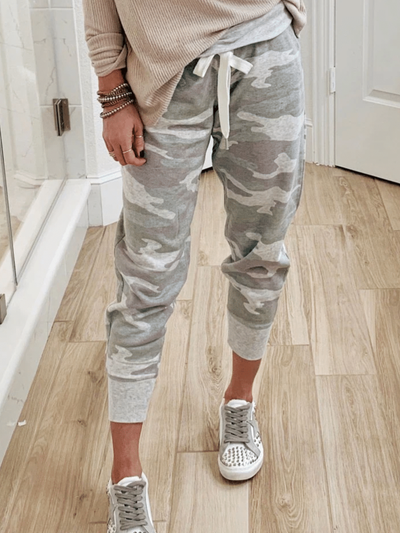 Gray Casual Printed Pants