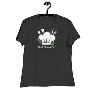 dark grey women relaxed t shirt with a chef hat and cutlery saying best mom chef | Isle of T