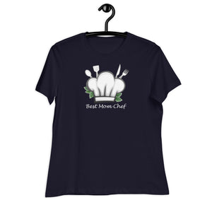 navy women relaxed t shirt with a chef hat and cutlery saying best mom chef | Isle of T