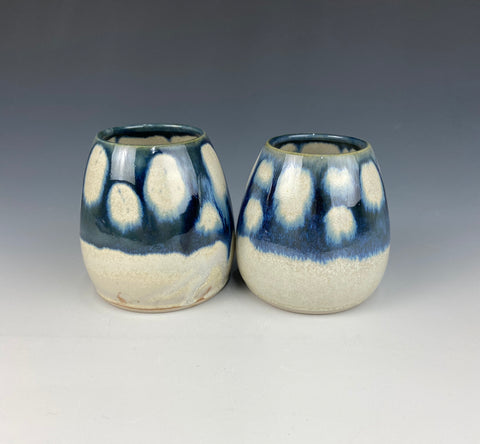 Pair of bud vases, white Firefly with midnight blue