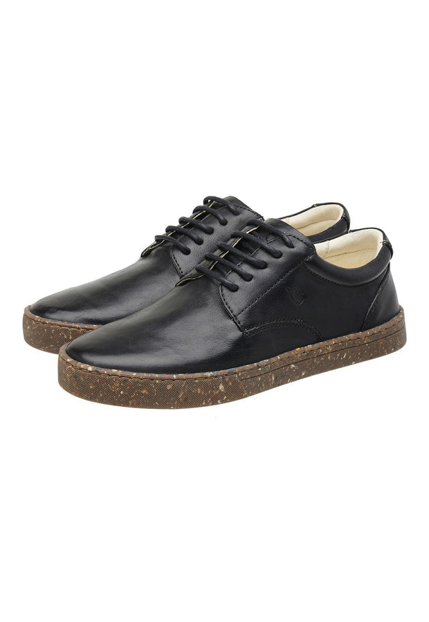 Sneaker Female Gold Coast Leather Biodegradable Black