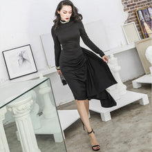 Load image into Gallery viewer, 50s women classic little black dress