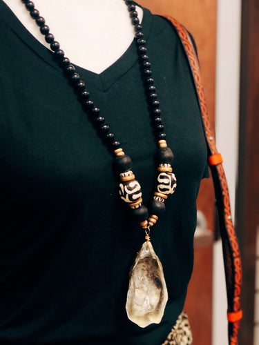 Black Oyster Shell Necklace