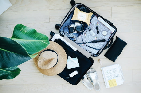 HOW TO OVERPACK FOR A LONG WEEKEND