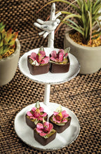 Load image into Gallery viewer, Pistachio Brigadeiro Flower