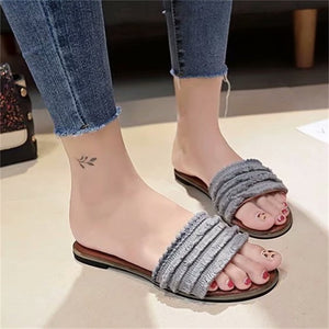 Outside lace fringe flat-soled slippers