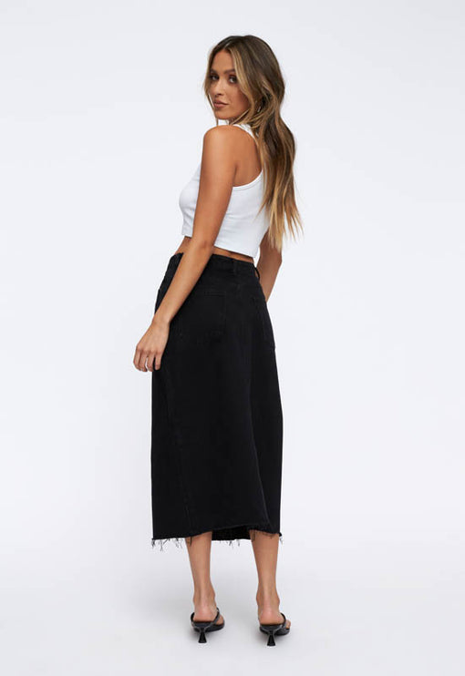Can't Be Tamed Midi Skirt - BLACK