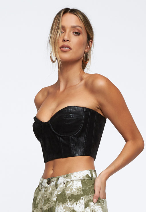 Here Comes Trouble Crop Top - BLACK
